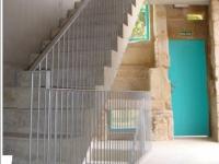 am-24-26-escalera